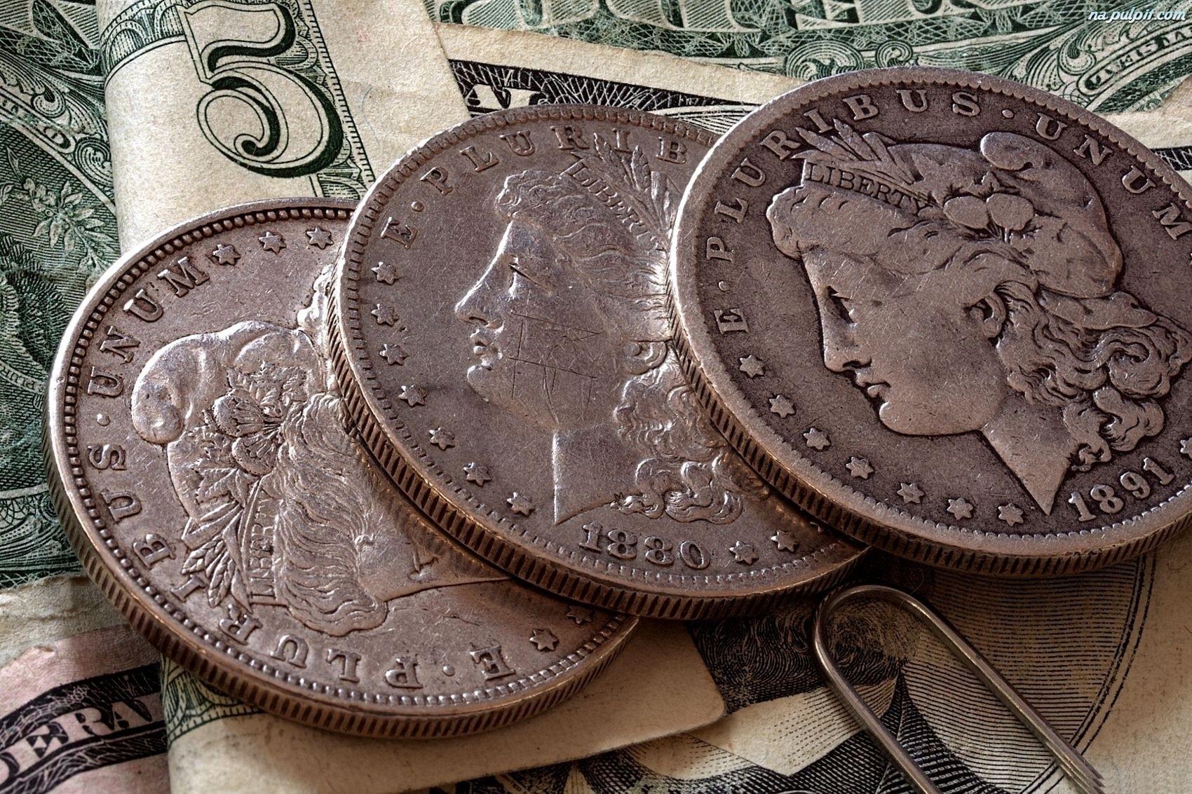 Dolary Banknoty Monety Na Pulpit